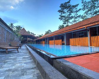 Wahid Borobudur - Borobudur - Zwembad