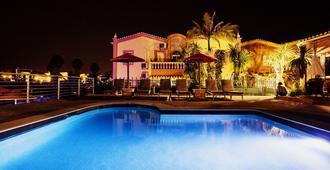 Villas D. Dinis - Charming Residence - לאגוס - בריכה