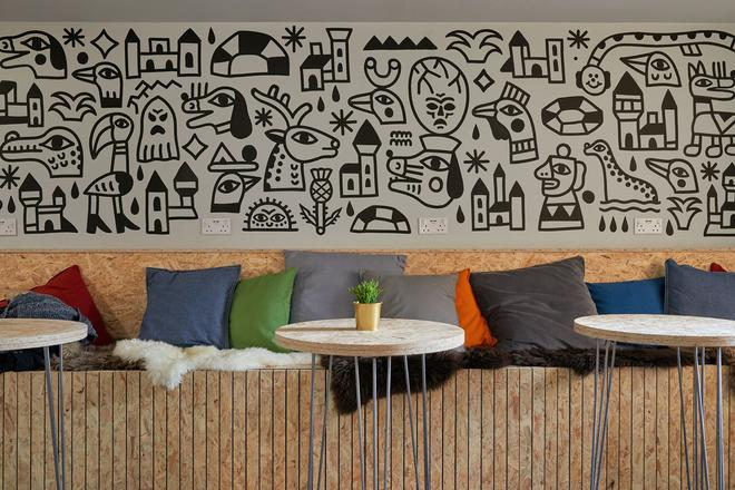 Haystack Hostel - Edinburgh - Living room