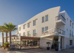 Mareta Beach Boutique Bed & Breakfast - Sagres - Building