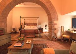 Belmond Palacio Nazarenas - Cusco - Bedroom