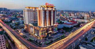Ramada by Wyndham Ulaanbaatar Citycenter - אולאנבאטר - בניין