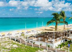 The Alexandra Resort - Providenciales - Playa