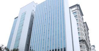 Navi Hotel Residence - Seúl