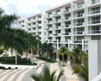 Apartamento en Playa Blanca Town Center - Río Hato - Building