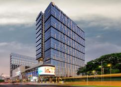 Pan Pacific Yangon - Yangon - Building