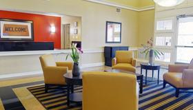 Extended Stay America Suites - Indianapolis - Northwest - I-465 - Indianapolis - Lobby
