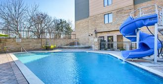 SpringHill Suites by Marriott Pigeon Forge - Pigeon Forge - Piscina