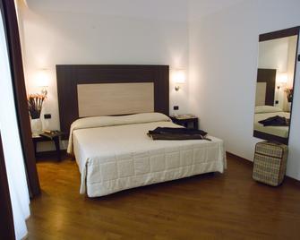 Apulia Hotel Lucera - Lucera - Slaapkamer