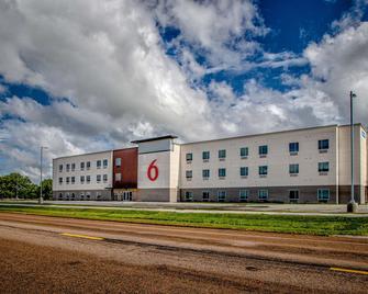 Motel 6 North Platte, Ne - East - North Platte - Building
