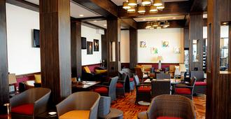 Graycliff Hotel And Restaurant - Nassau - Lounge