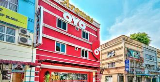 Oyo 504 Hotel Aromas Kulai - Kulai