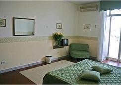 Hotel Miramare - Sorrento - Bedroom