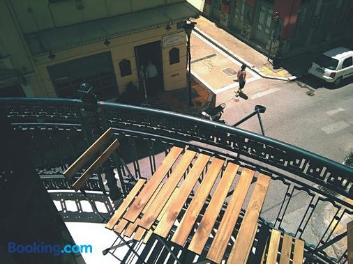 City Circus Athens - Hostel - Athens - Balcony