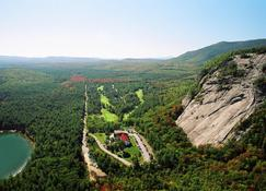 White Mountain Hotel and Resort - North Conway - Outdoor view