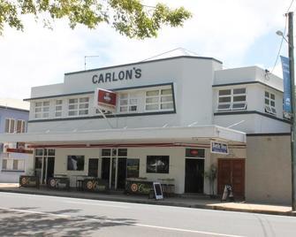 Carlon's Hotel - Sarina - Building