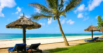 Diani Sea Resort - Ukunda - Beach