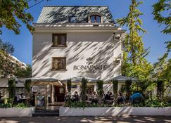 Hotel Bonaparte Boutique - Santiago'dan - Bina