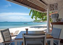 Samed Club - Ko Samet - Outdoors view