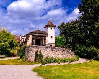 Domaine de Borie Chambres d'Hôtes - Loubressac - Building