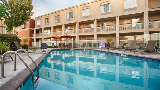 Best Western Plus Rancho Cordova Inn - Rancho Cordova - Uima-allas