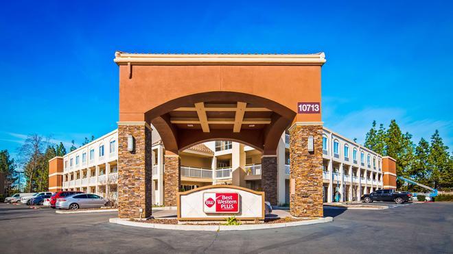 Best Western Plus Rancho Cordova Inn - Rancho Cordova - Rakennus