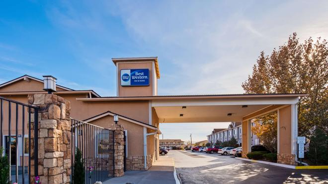 Best Western Fallon Inn & Suites - Fallon - Building