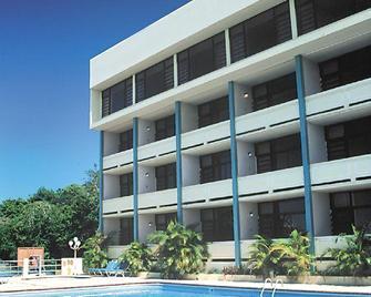 Hotel Vistamar Ocean Club - Quebradillas - Pool