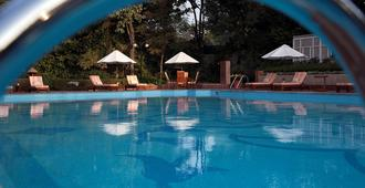 The Taj Mahal Hotel - New Delhi - Pool