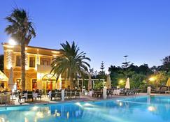 Grecian Castle Hotel - Isla de Quíos - Piscina