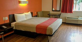 Motel 6 Woodway, TX - Waco - Bedroom