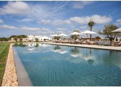 托爾貝納酒店 - 阿萊奧爾 - 阿萊奧爾 - 游泳池