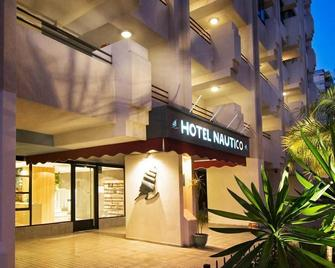 Hotel Nautico - Santa Cruz de Tenerife - Building