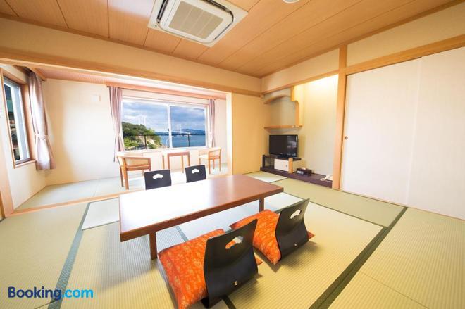 Taimaru Kaigetsu - Naruto - Dining room
