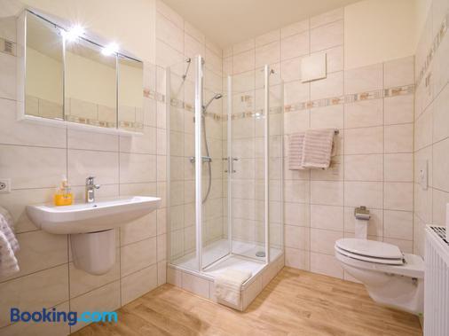 Gasthof Runge - Kirchdorf - Bathroom