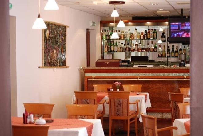 德蘭斯酒店 - 葉卡捷琳堡 - 葉卡特琳堡 - 酒吧
