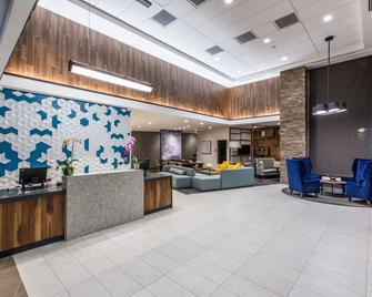 Hyatt Place Delano - Delano - Лоббі