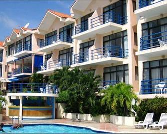 Cap Lamandou Hotel - Жакмель - Building