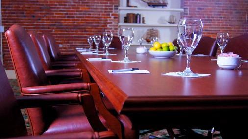 River Street Inn - Savannah - Eetruimte