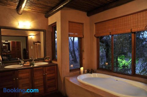 Waterbuck Game Lodge - Hoedspruit - Bathroom