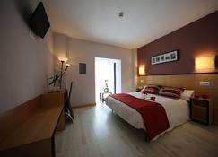 Hotel Alda Entrearcos - Burgos - Bedroom