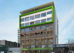 City Edge Dandenong Apartment Hotel - Dandenong - Building