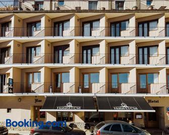 Hotel El Cid - Morella - Edificio
