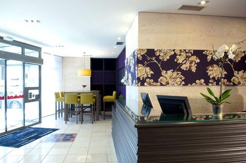 Best Western Hotel du Pont Wilson - Lyon - Lobby