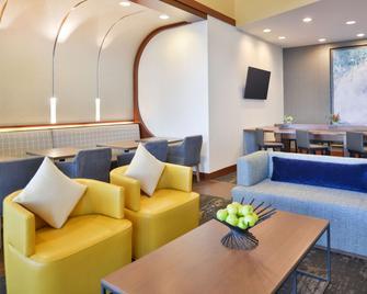 Hyatt Place Garden City - Garden City - Lounge