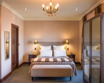 皇冠酒店 - 納皮爾 - 臥室