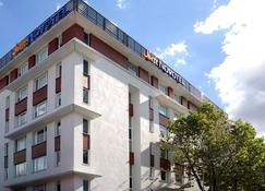 Novotel Suites Clermont-Ferrand Polydome - Clermont-Ferrand - Edificio