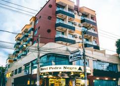 ホテル ペドラ ネグラ - ゴベルナドルバラダレス - 建物