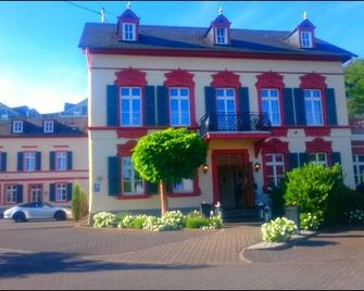 Romantik Hotel Villa Sayn - Bendorf - Building