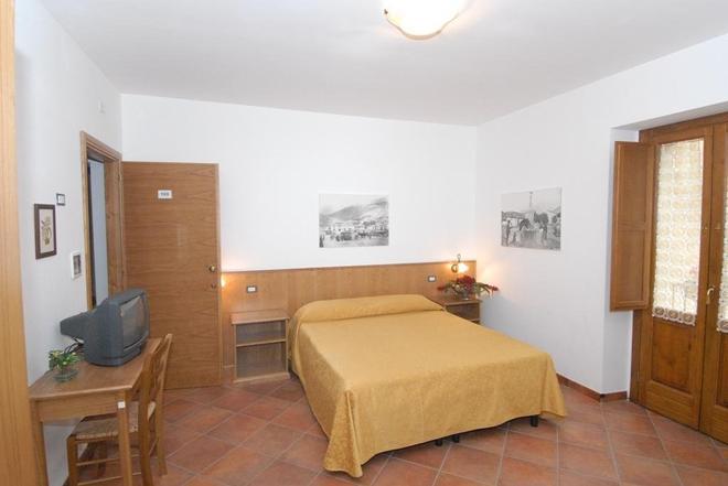 Le Antiche Torri - Pescasseroli - Bedroom